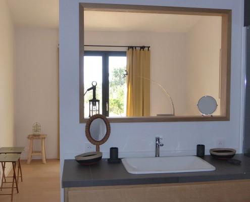 Calitu : salle de bain chambre parentale
