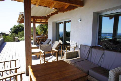 Casucia : salon-terrasse