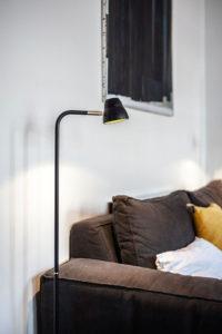 Doumer, Paris 16e : salon, détail lampadaire