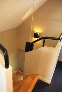 Sagama, vue de l'escalier depuis le palier