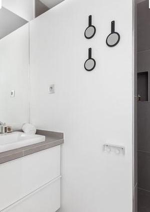 Paris 3e, quartier du Temple : détails salle de bain